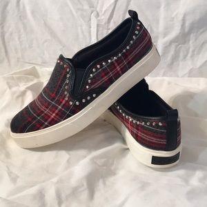 Aldo Sneakers Size 7.5 - So Cute